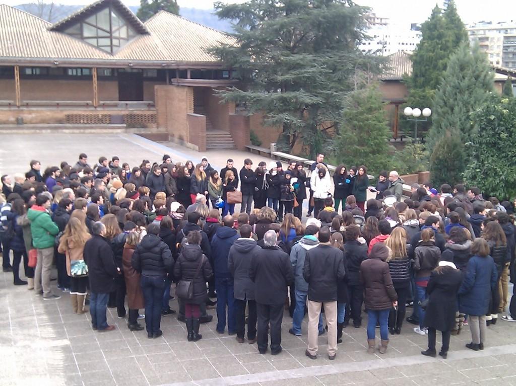 Concentración realizada en memoria de Iñaki Beti.